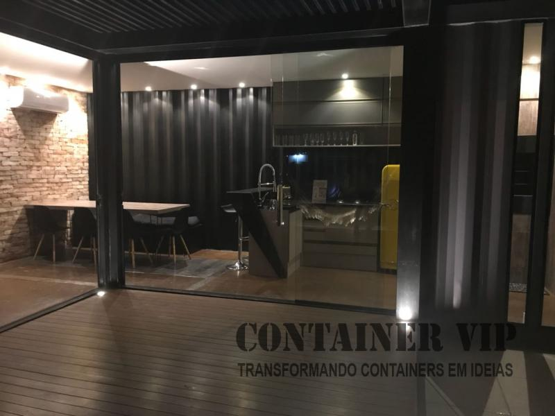 Showroom Container VIP